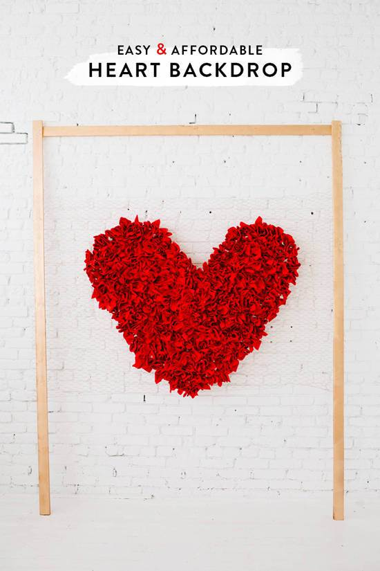 DIY: Simple Heart Backdrop