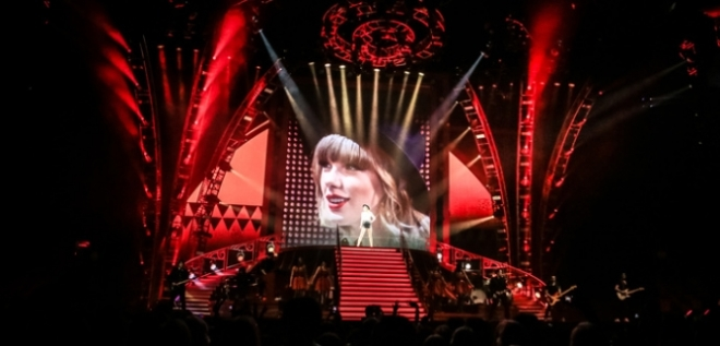 taylor-swift-red-tour-omaha-nebraska
